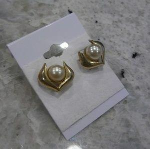 🎀 pearl gold earrings